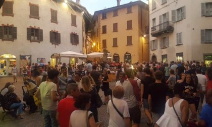 La notte dei saldi inaugura i Venerdìfesta
