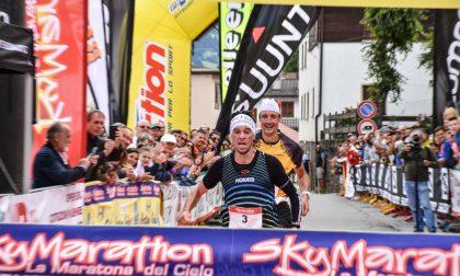 FOTO-Marco De Gasperi vince la Maratona del Cielo