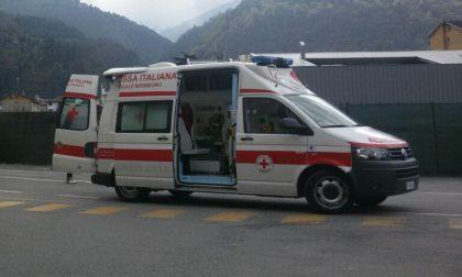 Ha fretta di venir al mondo, bimbo nasce in ambulanza