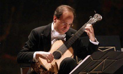 Una chitarra dall'Ottocento, concerto di Battaglia a Teglio