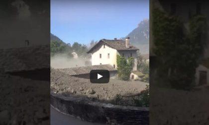 Case distrutte e famiglie evacuate, massima allerta per la frana in Val Bregaglia - Il Video