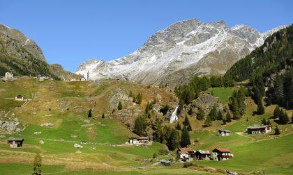 Meteo avverso, l'elicottero non può arrivare: muore in montagna