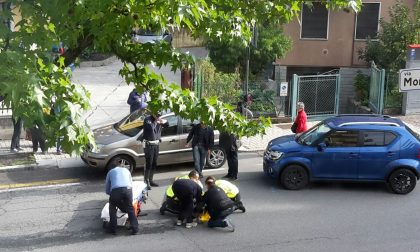 Incidente in via Aldo Moro, ciclista ferita
