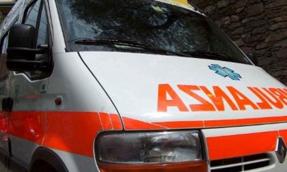 Incidente a Madesimo: auto si ribalta
