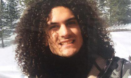 Trovato morto in casa a 23 anni
