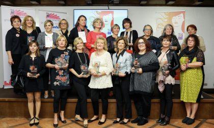 Santiago in rosa e Progetto Parrucche: un volontariato da premio
