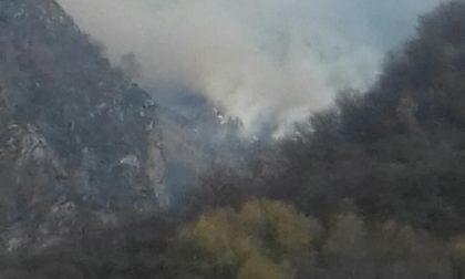 Incendio anche in Val Codera: le fiamme non danno pace