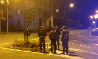 Incidente in viale Maloggia, ciclista in gravi condizioni