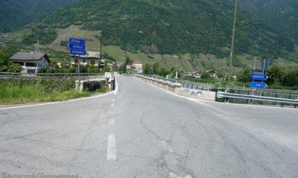 Villa, caos per i limiti sul ponte di Stazzona