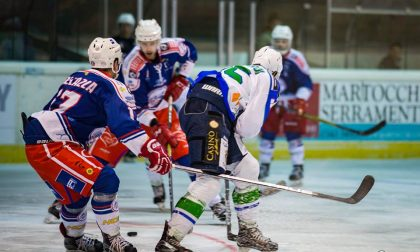 Hockey: il derby Chiavenna-Como da spettacolo