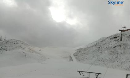 La prima neve sulle cime è arrivata FOTO