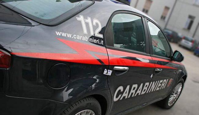 Coca e hashish in auto, 29enne in manette