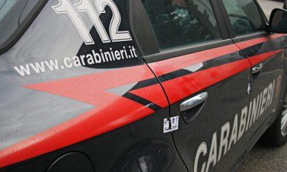 Nudo per strada aggredisce i carabinieri, arrestato 44enne di Lanzada