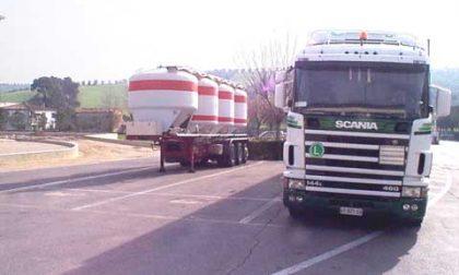 Firmato il contratto nazionale trasporto merci e logistica