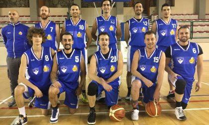 Basket Cosio vince e frena la fuga del Carnate