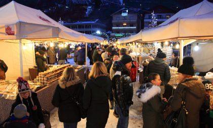 Ottimo avvio del Villaggio di Natale e dei mercatini di Aprica - LE FOTO