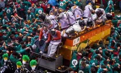 Carnevale 2018 oggi comincia la battaglia delle arance