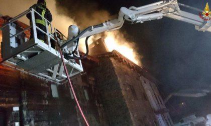 incendio a Livigno, evacuate quattro famiglie