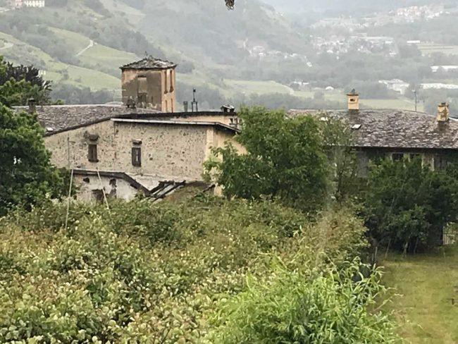 Muore schiacciato da un muro, tragedia a Ponte in Valtellina