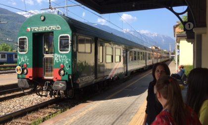 """Il treno """"dimentica"""" la fermata, cinquanta ragazzi rimangono a piedi"""