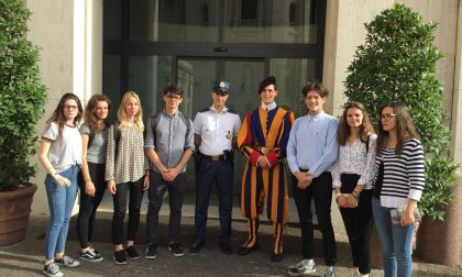 Papa Francesco sorride agli studenti valtellinesi FOTO