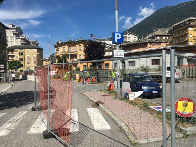 Cantiere in via Nani, lavori notturni e interruzione della linea Sondrio-Tirano