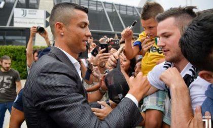 Bagno di folla per Cristiano Ronaldo a Torino