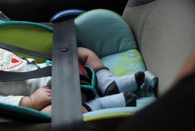 Seggiolini anti abbandono in auto saranno obbligatori