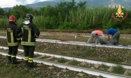 Bimbi travolti e uccisi dal treno, il padre è valtellinese