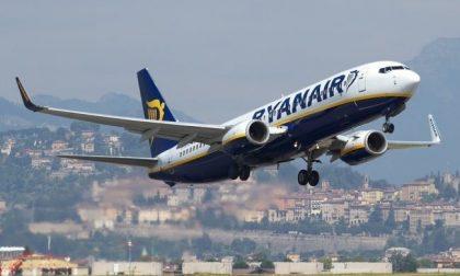 Ryanair: anche i neonati devono pagare