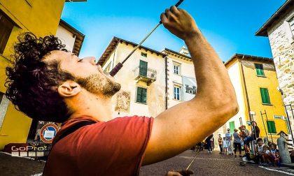 A Teglio successo per i pizzoccheri e gli artisti di strada - FOTO