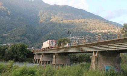 Lavori terminati, domani riapre il ponte di Traona