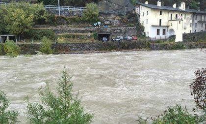 Frane, strade chiuse e valori simili all'alluvione del 1987