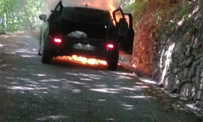 Hanno rischiato la vita nell'auto in fiamme, nessuno li ha risarciti