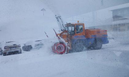 Allerta meteo, Foscagno e Maloja chiusi per neve