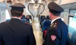 Vandalo svuota estintore sul treno, denunciato minorenne