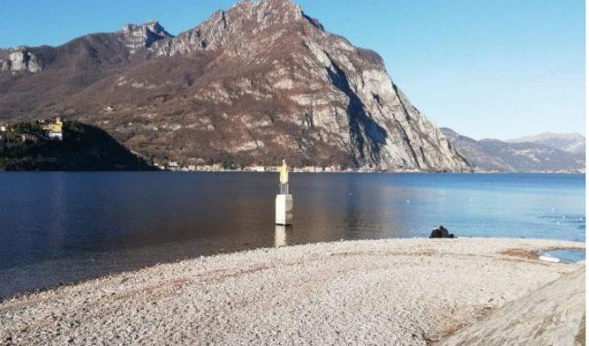 Allarme siccità, lago basso: il Lario ha sete FOTO IMPRESSIONANTI