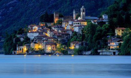 Da marzo visitare il piccolo borgo di Corenno Plinio costerà 5 euro