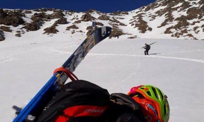 Fanno sci alpinismo, in cinque si perdono seguendosi l'uno con l'altro