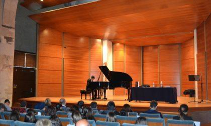 Una speciale lezione-concerto incanta gli studenti a Morbegno