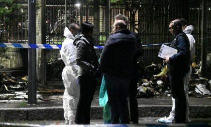 Cadavere mutilato e bruciato: il sospetto su due uomini