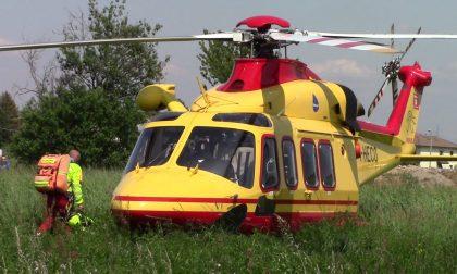 Brutta caduta ad Aprica, bambina di 7 anni portata via in elicottero