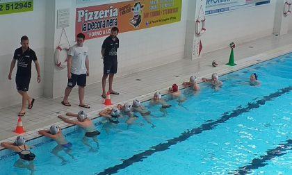 Triangolare di pallanuoto alla piscina di Sondrio
