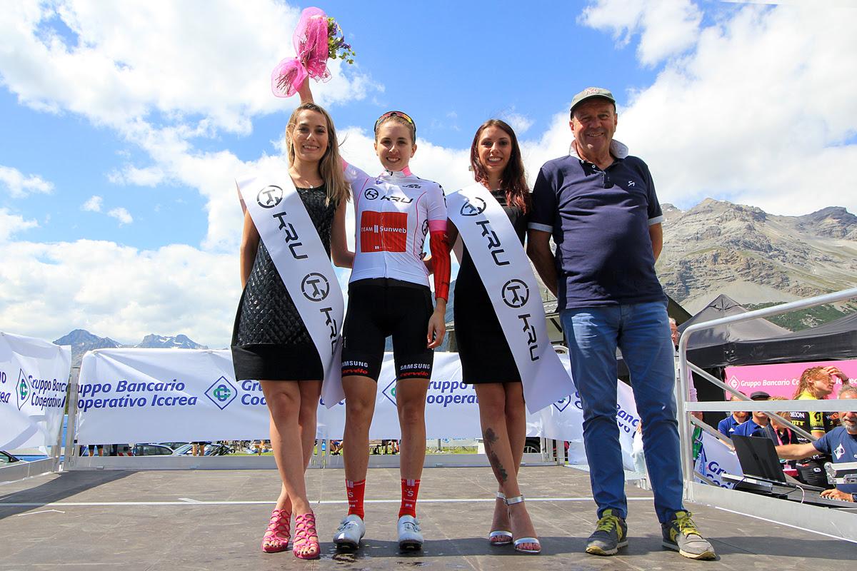 Giro rosa: 5/a tappa a Van Vleuten,si prende anche la maglia