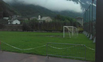 Villa, polemiche sul campo da calcio