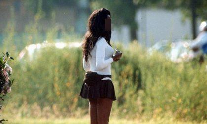 In un Comune del Milanese sarà vietato atteggiarsi e vestirsi da prostituta