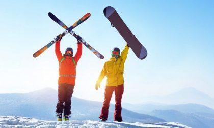Vacanze sulla neve, meglio sci o snowboard?