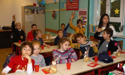 Mele in classe, la consegna agli alunni del Pio XII
