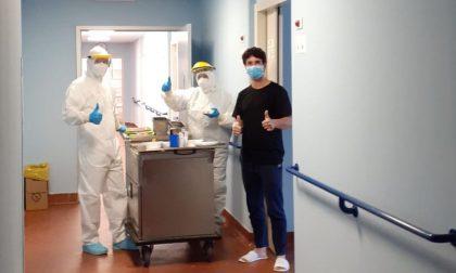 Panettoni e bisciole in dono all'Ospedale Morelli