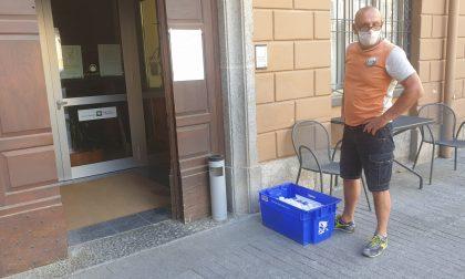 Integratori di vitamina C e D3 consegnati alle case di riposo di Ponte e Sondrio